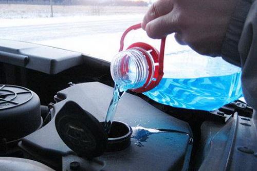 Запрет автомобильных стеклоомывающих жидкостей
